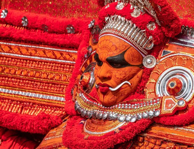 Kerala Festival, live show and Cultural Dance in Kerala. Visit Kerala with Fortune Connect Holidays